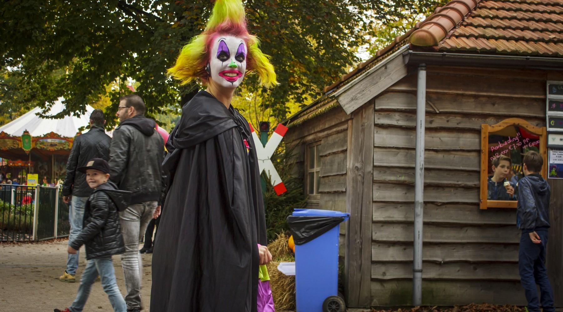 Halloween Friesland.Drouwenerzand Attractiepark Vakantiepark Drenthe